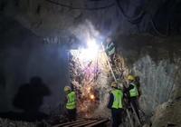 重大进展!昨天,黄黄铁路全线最后一座隧道顺利贯通!