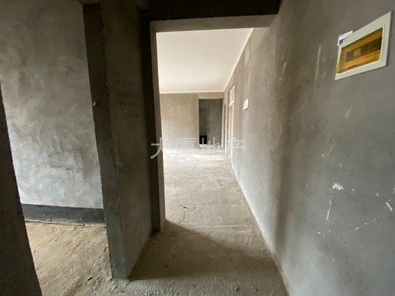 首府壹号边套大三房,三房两厅两卫,带6大阳台,钥匙在手随时看房