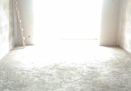 义水外滩,130平米,中间好楼层67万包过户税费