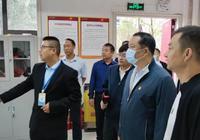 市委书记李新桥到御江半岛小区指导社区治理工作