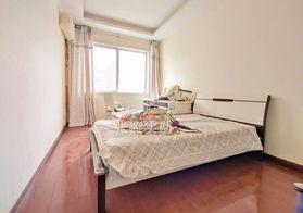 凤凰城三室精装现浇房户型方正采光好,单价不到4千元证满五年