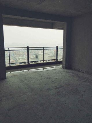 桥头滨江华府南北通透前后超大阳台