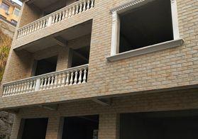 金都上城旁2列半3层全新现浇灌自建房出售