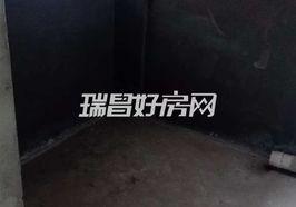 东锦佳苑电梯边户 112平三房南北通透 采光一流