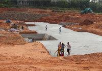 山水国际二期基础正在施工,一期实景现房清盘!